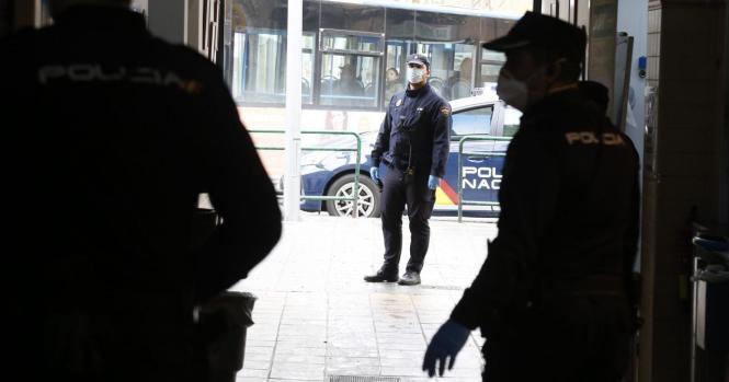 In Palmas Stadtteil Pere Garau kamen Beamte der Nationalpolizei zum Einsatz.