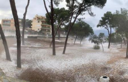 Auch Santa Ponça wurde von starken Niederschlägen heimgesucht.