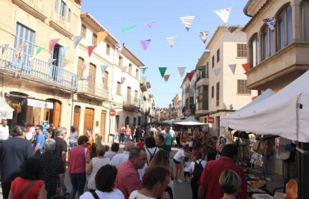 Markttreiben in Vor-Coronazeiten in Llucmajor.
