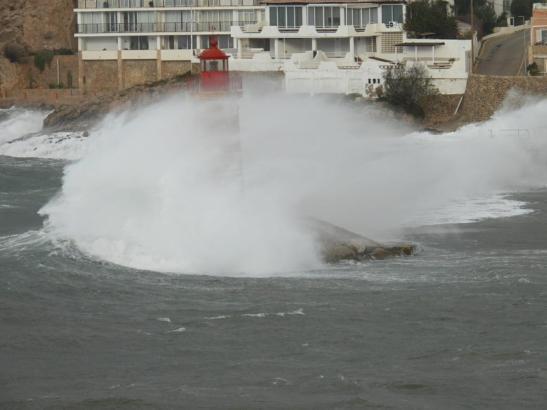 Die Wellen erreichten große Höhen.