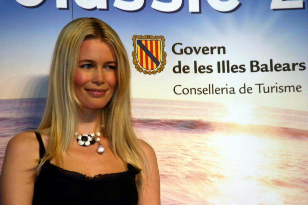 Im Jahr 2005 machte Claudia Schiffer auf der ITB in Berlin Werbung für die Balearen.