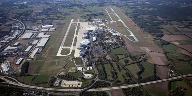 Luftbild vom Flughafen von Hannover.