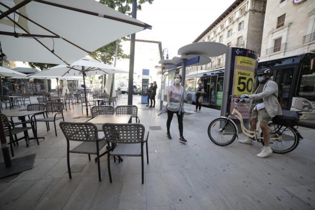 Lokale können ihre Terrassen weiterhin erweitern.