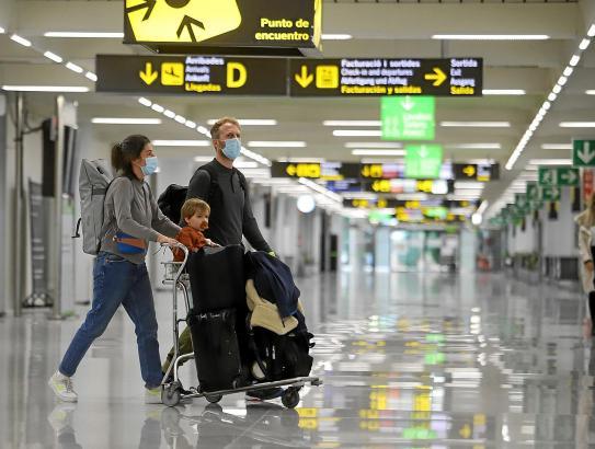 Reisende die von Spanien nach England und umgekehrt fliegen möchten, stehen seit 22. Dezember ohne Flugverbindungen da.