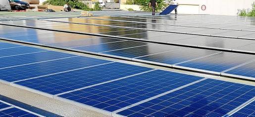Die Stadtverwaltung von Palma ist ein großer Energieverbraucher, aber auch ein potenzieller Produzent von erneuerbarer Energie, da sie bereits über eigene Solarmodule etwa im Gewerbegebiet Can Valero verfügt.