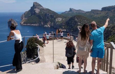 Die Aussichtsplattform am Cap de Formentor ist ein beliebtes Ausflugsziel.