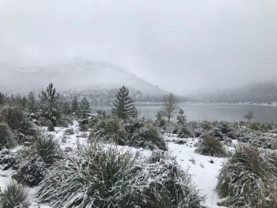 Derzeit liegt Schnee im Tramuntana-Gebirge.