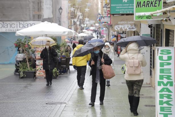 Auf Mallorca herrscht derzeit Wetterwarnstufe Gelb.