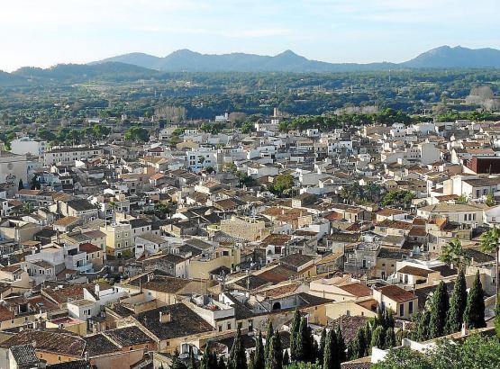 Blick auf das Dorf Artà.