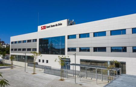 Blick auf das Krankenhaus Sant Joan de Déu.