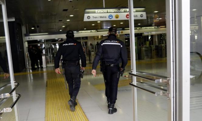 """In der """"Estació Intermodal"""" kommt es immer mal wieder zu Polizeieinsätzen."""