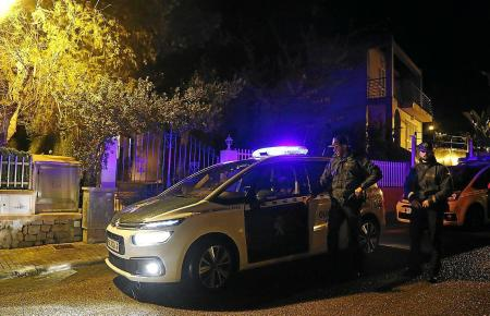 Beamte der Guardia Civil im Einsatz.