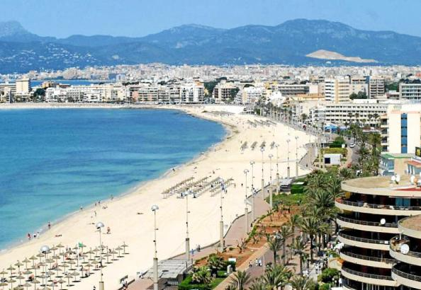Hotels an der Playa de Palma.