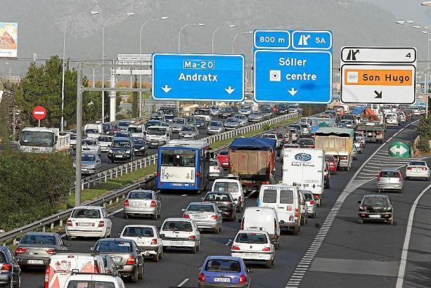 Auf der Ringautobahn wurde die Höchstgeschwindigkeit auf 80 km/h reduziert.
