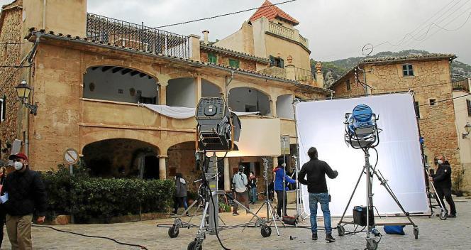 Aus zwölf Kurzfilmen soll ein anderthalbständiger Imagefilm entstehen.