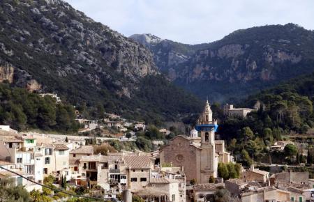 Valldemossa übt auf viele Mallorca-Liebhaber eine magische Anziehungskraft aus.