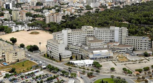 Das neue Referenzkrankenhaus für chronisch Kranke soll auf dem Freigelände neben der derzeit leerstehenden Klinik Son Dureta in Palma errichtet werden.