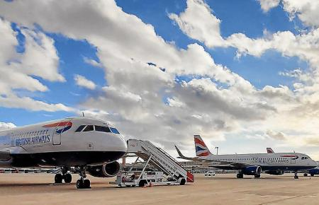 Blick auf das Flugfeld des Airports Son Sant Joan.