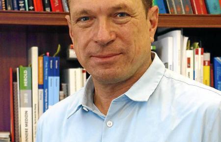 Dr. Andreas Leonhard.