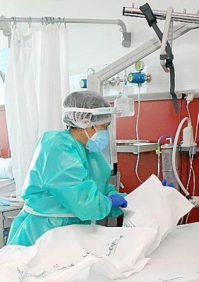 In Palmas Krankenhaus Son Espases gibt es nur noch eine Station für Corona-Patienten.