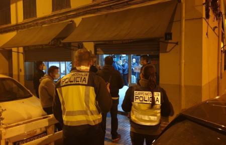 In manchen Lokalen herrschte reger Betrieb, als die Polizei am Freitagabend kontrollierte.
