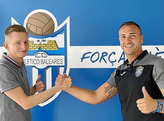 Im August begrüßte Atlético-Baleares-Sportdirektor Patrick Messow (l.) Jordi Roger als neuen Trainer.