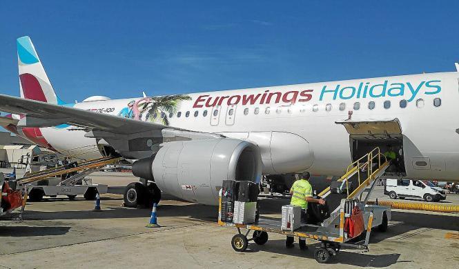 Die Reiseveranstalter sind bereits mit den Fluggesellschaften in Kontakt.