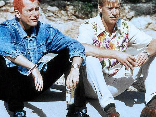 Sigi (Martin Lindow, l.) und Kalle (Oliver Stritzel).