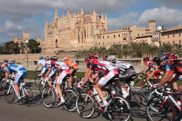 Die Mallorca-Rundfahrt ist seit drei Jahrzehnten eines der sportlichen Highlights auf der Insel.