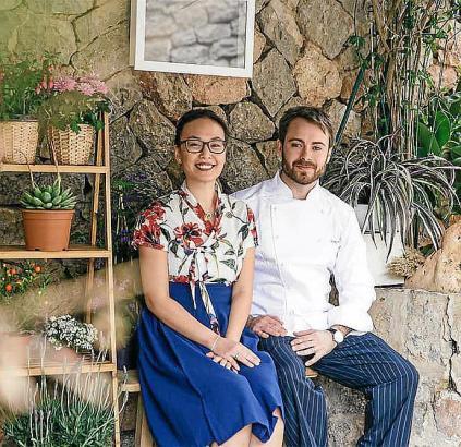 You und Javier eröffneten das Restaurant in dem Küstenort Deià vor drei Jahren.
