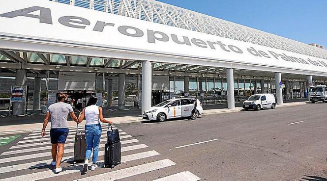 Von Reisen nach Mallorca an Ostern raten deutsche Behörden ab.
