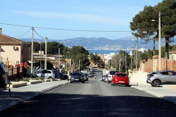 Bellavista putzt sich raus. Wo vor drei Jahren noch Schlaglöcher das Bild prägten, sind nun asphaltierte Straßen Standard – aber noch längst nicht in dem ganzen Viertel.