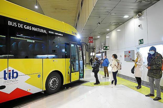Der Busbahnhof in Palma befindet sich an der Plaça d'Espanya.