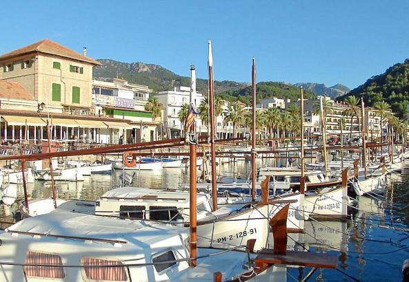 Fischerboote im Hafen von Port de Sóller.