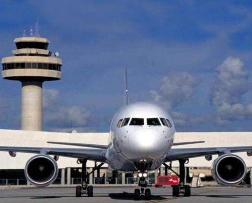 Maschine am Flughafen von Palma de Mallorca.