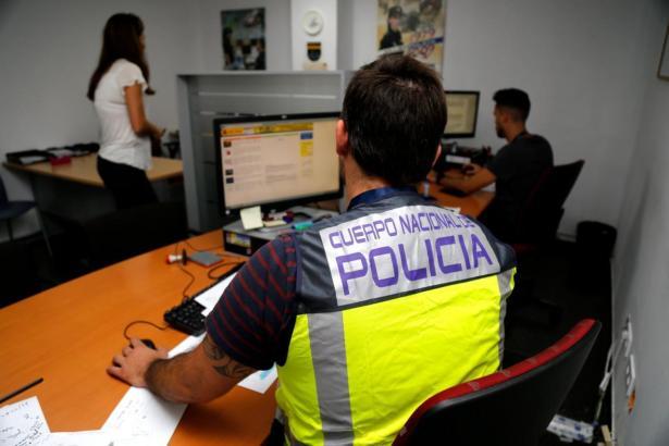 Die spanische Nationalpolizei befasst sich mit dem Fall des deutschen Arztes. (Symbolbild)