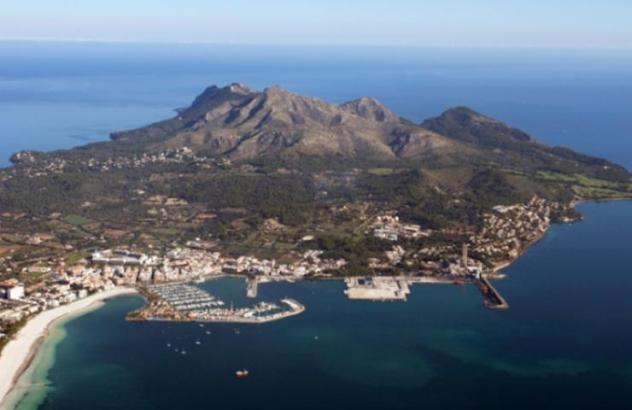 Luftbild von Port d'Alcúdia.