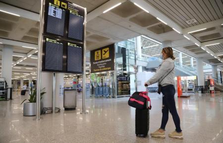 Blick in das Innere des Flughafens von Mallorca.