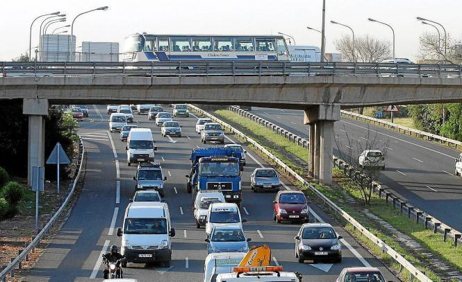 Blick auf Palmas Ringautobahn.