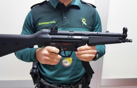 Eine der beiden beschlagnahmten Feuerwaffen.