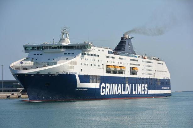 Die italienische Reederei Grimaldi Lines kauft Anteile von Trasmediterránea.