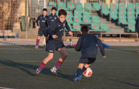 Der Fußball-Nachwuchs von UD Poblense am Donnerstag beim Training.