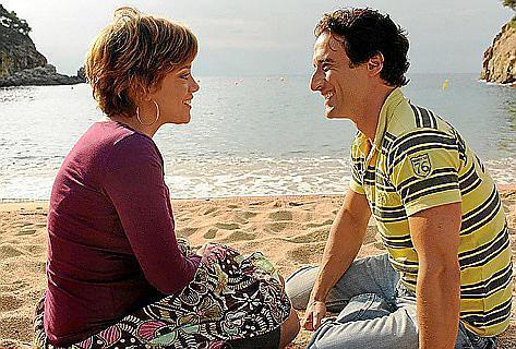 Billie (Muriel Baumeister) weiß nicht, für wen ihr Herz schlägt.