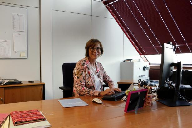Karin Köller in ihrem Büro in Palma.