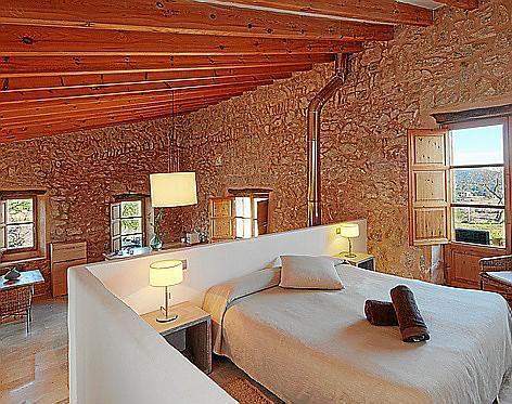 Die 14 Zimmer und Suiten des Hotels wurden mit viel Liebe zum Detail eingerichtet.