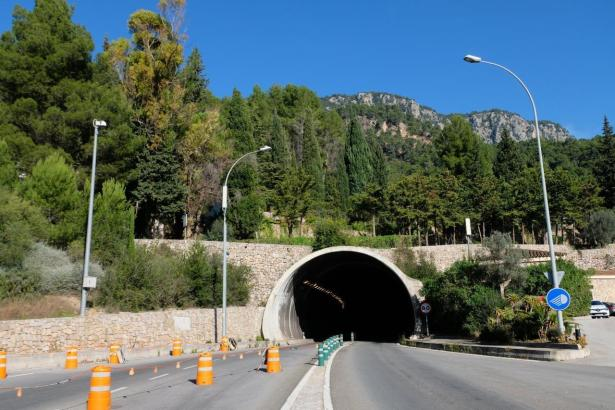 Blick auf den Tunnel von Sóller.