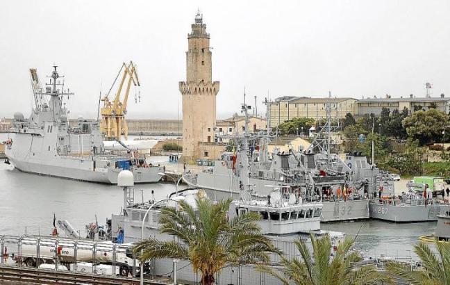 Ein Dutzend Schiffe aus acht verschiedenen Ländern machten auf Mallorca im Hafen von Portopí fest.