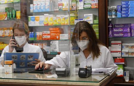 Apotheken auf Mallorca und den Balearen verkaufen noch vor dem Sommer Antigentests ohne Rezept.