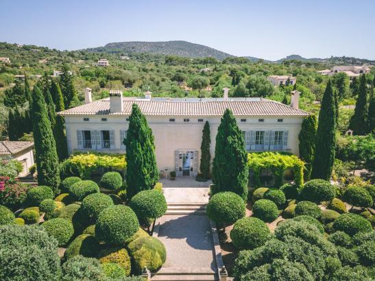 Dieses Anwesen auf Mallorca befindet sich im Süosten der Insel und ist für 8,2 Millionen Euro zu verkaufen.