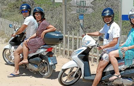 Straßenszene von der Baleareninsel Formentera: Während der Pandemie erlebt Reisen zwischen den Inseln einen Aufschwung.